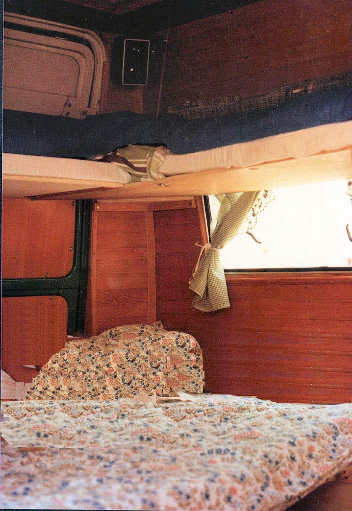 Camper faidate l 39 arredo - Rivestimento pareti bagno camper ...